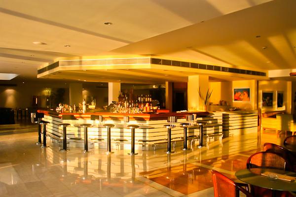 Corfu, Hotel Kontokali Bay, bar.jpg
