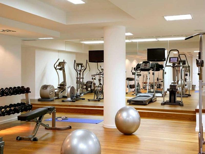 fitness-hotel-atrium.jpg