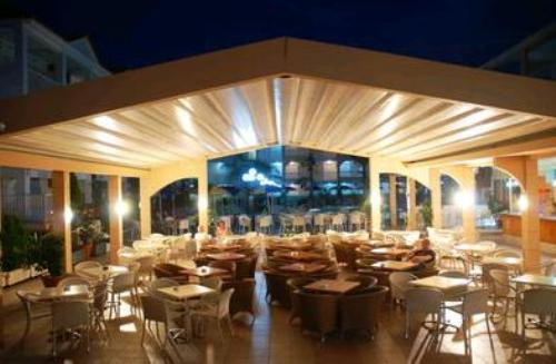 Hotel Admiral Tsilivi restaurant.JPG