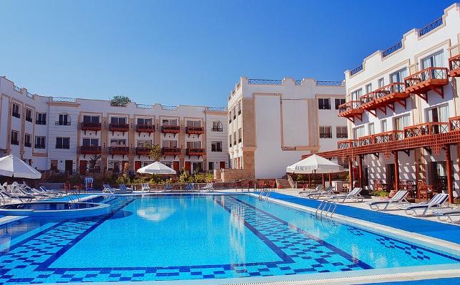 Sharm El Sheikh, Hotel Falcon Naama Star, piscina exterioara.jpg
