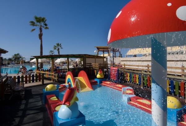 Tenerife, Hotel Gala, piscina exterioara copii.jpg