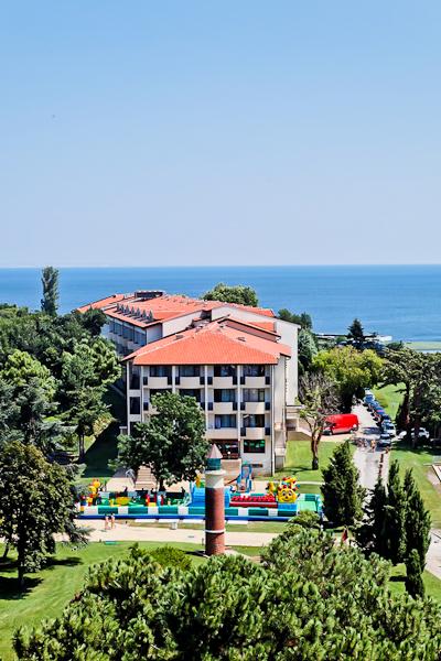 Sf. Constantin si Elena, Hotel Dolphin.jpg