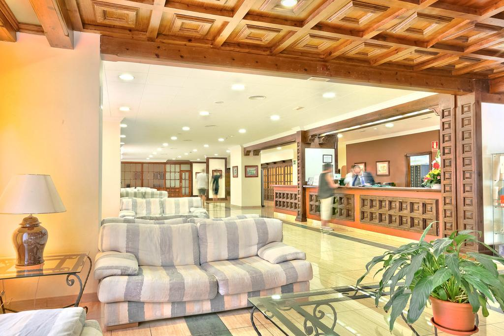 Blue Sea Puerto Resort 15.jpg