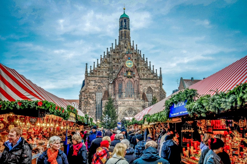Nuremberg-Piata Craciun HelloHolidays.jpg