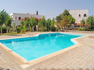 Belmare piscina.jpg