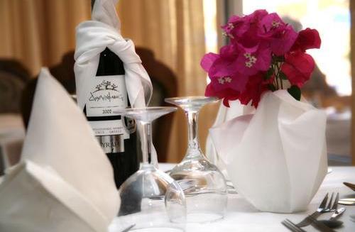 Hotel Lavris Paradise restaurant.JPG