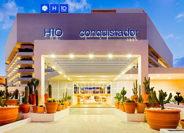 Tenerife, Hotel H10 Conquistador, exterior.jpg