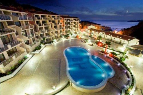 Hotel Blue Horizon.jpg