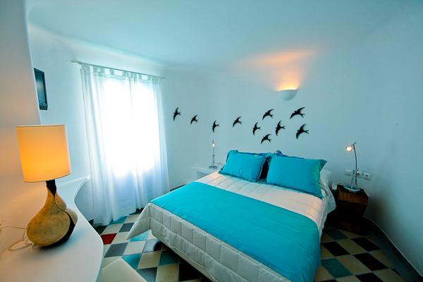 Santorini, Hotel Ikastikies, camera dubla, pat.jpg