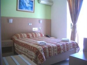 voula-hotel-300x224.jpg