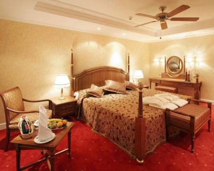 Hotel Belconti Resort  camera standard.jpg