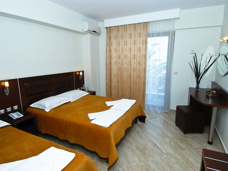 SIMEON HOTEL - METAMORPHOSI (4).jpeg