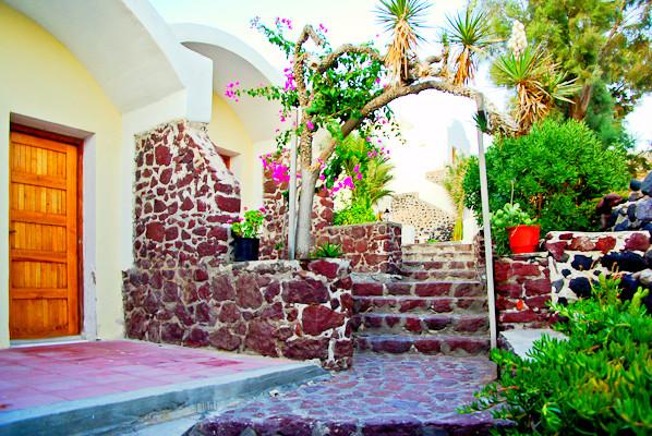 Santorini, Hotel Akrotiri, exterior.jpg