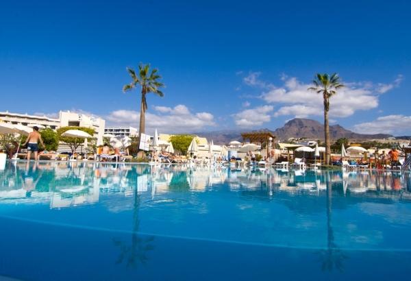 Tenerife, Hotel Gala, piscina exterioara.jpg