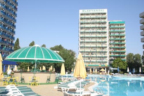 Hotel Slavyanski.jpg