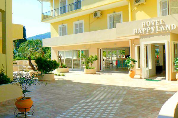 Lefkada, Hotel Happyland, exterior, hotel, intrare.jpg