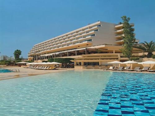 Hotel Elias Beach.jpg