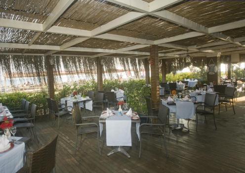 Hotel Crystal Paraiso Verde restaurant.JPG
