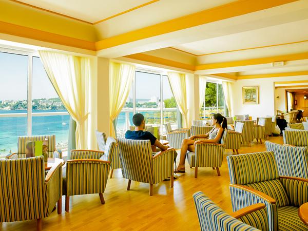 Mallorca, Hotel Flamboyan, lobby.jpg