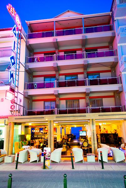 Paralia Katerini, Hotel Dion, exterior.jpg