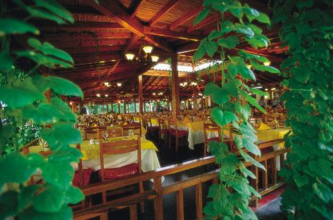 Hotel Barut Acanthus restaurant.jpg