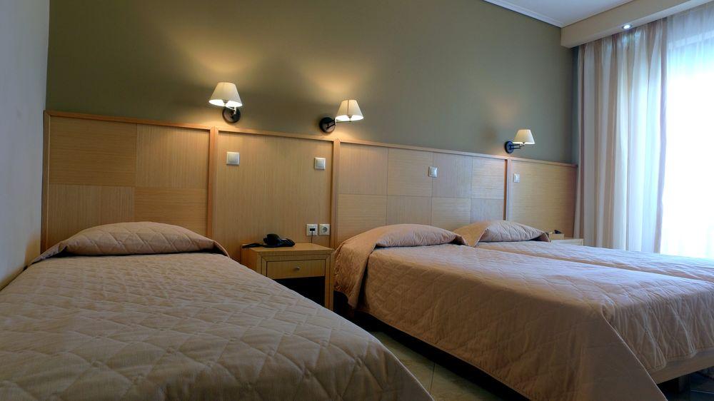 Evia Hotel - rooms3.jpg