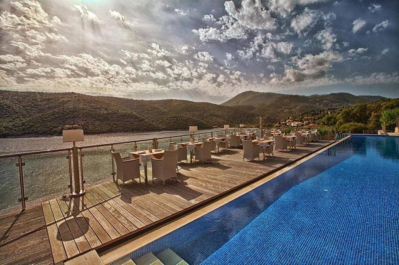 San Nicolas piscina.jpg