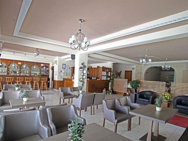 SARANTIS HOTEL - HANIOTI (7).jpeg