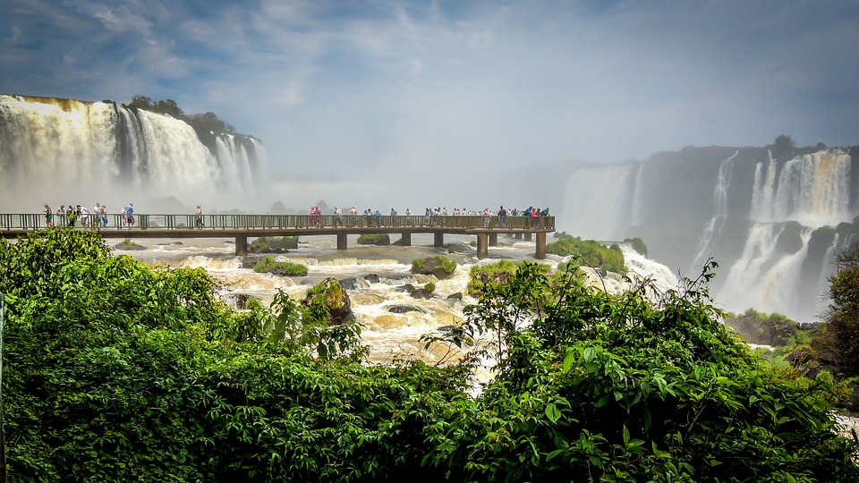 mouth-of-the-iguassu-511500_960_720.jpg