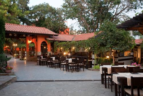 Hotel Via Pontica restaurant.JPG