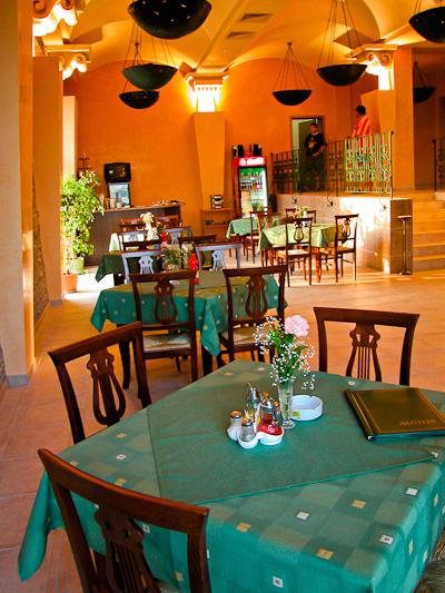 Sunny Beach, Hotel Nesebar Beach, restaurant.jpg