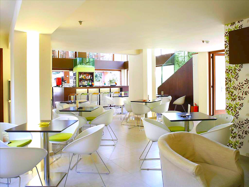 Hotel Atrium, Chania, interior, lounge, bar.jpg