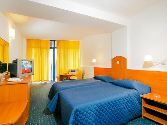 Nisipurile de Aur, Hotel Madara, camera dubla.jpg