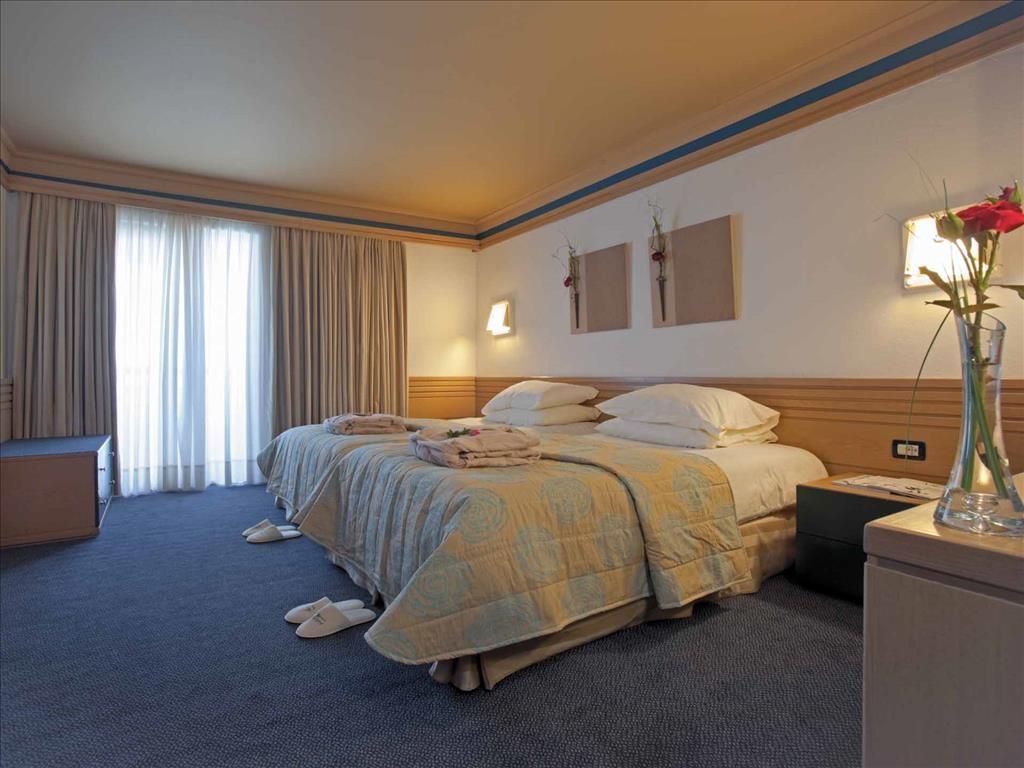 0-0-Aldemar_Amilia_Mare_Hotel_6.jpg