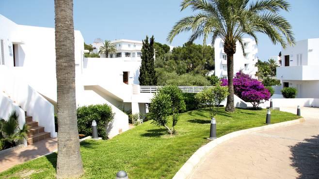Aparthotel Ferrera Blanca 4.jpg