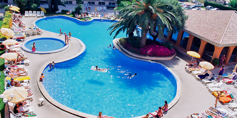 Costa Brava, Hotel Hotenco Luna Club, piscina exterioara.jpg
