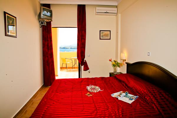 Corfu, Hotel Secret Corfu, camera dubla, A.C, balcon.jpg