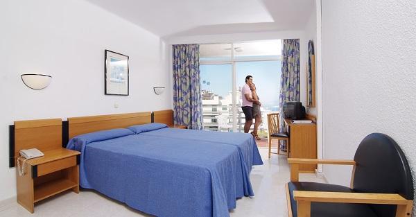 Pinero Tal, Mallorca, camera, pat dublu.jpg