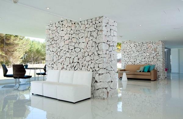 Fergus Style Cala Blanca Suites, interior, lounge, scaune.jpg