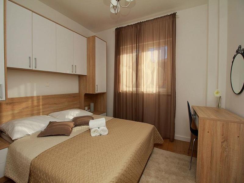 room_site.jpg