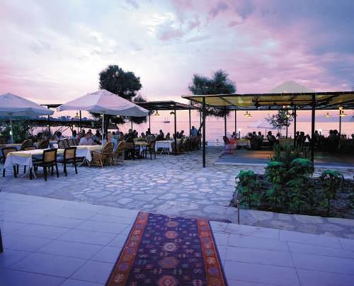 Hotel Ozlem Garden restaurant.jpg