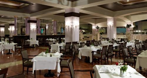 Hotel Rixos Premium restaurant.JPG