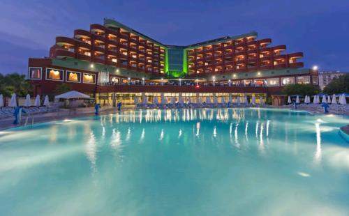 Hotel Delphin Deluxe Resort.JPG