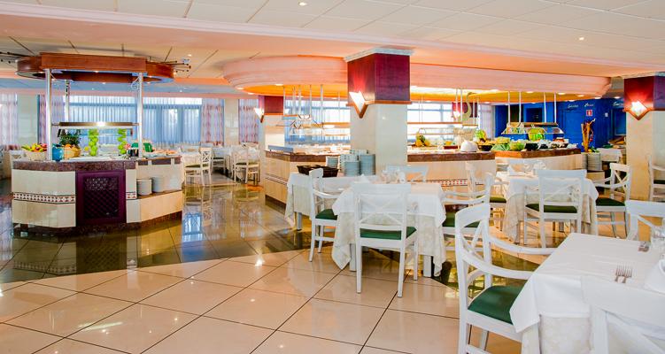 HOTEL PLAYA GOLF 2010 050.jpg