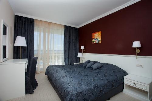 Hotel Festa Pomorie Resort camera.jpg