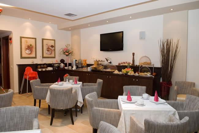 Thassos, Hotel Metsikas Residence, interior, restaurant.jpg