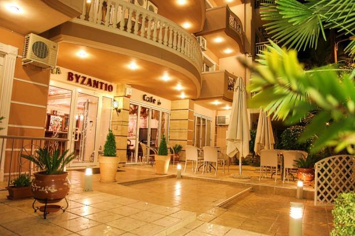Byzantio - Paralia - Hello Holidays (9).jpg