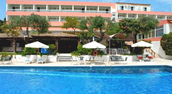 Corfu, Hotel Alexandros, piscina.jpg