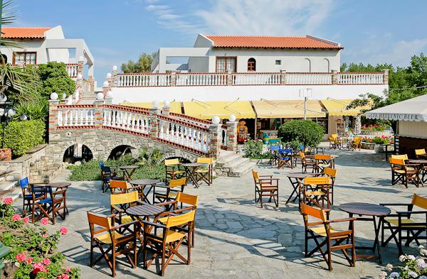 Halkidiki, Hotel Macedonian Sun, terasa.jpg