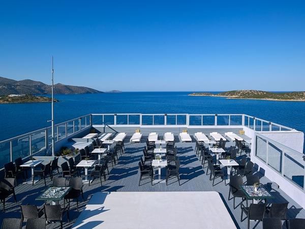 Creta, Hotel Mistral Bay, terasa, peisaj.jpeg
